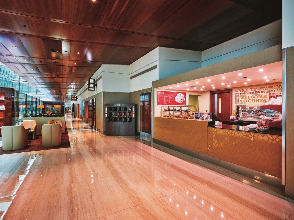 emirates-business-class-lounge-2